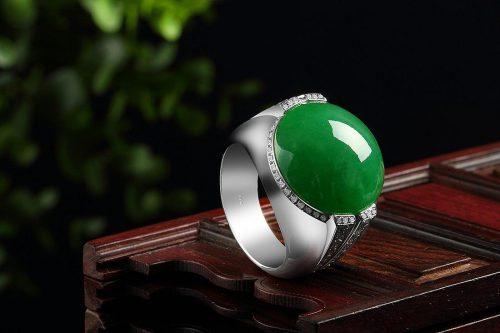 佩戴翡翠戒指怎么保养?