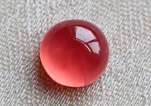如何鉴别红纹石的真假