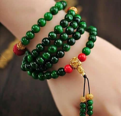 翡翠佛珠与佛教文化
